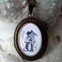 Cicás,macskás üveglencsés nyaklánc, Ékszer, Nyaklánc, Medál, Ékszerszett, Ékszerkészítés, Fotó, grafika, rajz, illusztráció, Cicás üveglencsés nyaklánc cica kedvelőknek.   Méret:25 x 18 mm üveglencse  Hossz:48 cm  Anyaga ant..., Meska