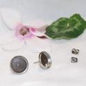 Nemesacél bedugós fülbevaló alap (12mm), Gyöngy, ékszerkellék, Egyéb alkatrész, Nemesacél bedugós fülbevaló alap szűkülő peremmel. Belső átmérő: 12,4 mm Lemez vastagság: 0,2mm  A n..., Alkotók boltja