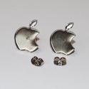 Nemesacél Apple bedugós fülbevaló alap (12 mm), Gyöngy, ékszerkellék, Egyéb alkatrész, Nemesacél bedugós fülbevaló alap. Méret: 12 mm Lemez vastagság: 0,2mm  A nemesacél előnye az ezüst, ..., Alkotók boltja
