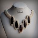 Elegáns beige - barna gyöngyfűzött nyakék, Ékszer, Nyaklánc, Ékszerkészítés, Gyöngyfűzés, gyöngyhímzés, Elegáns, egyedi, saját tervezésű, különleges formavilágú, dekoratív gyöngyfűzött nyakék.  Fém alkat..., Meska