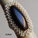 Elegáns beige - barna gyöngyfűzött koktélgyűrű, Ékszer, Gyűrű, Ékszerkészítés, Gyöngyfűzés, gyöngyhímzés, Elegáns, egyedi, saját tervezésű, különleges formavilágú, dekoratív gyöngyfűzött koktélgyűrű.  Körm..., Meska