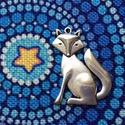 Medál, charm -  A róka a kis herceg meséből - nagy méret, Gyöngy, ékszerkellék, Ékszerkészítés, Róka mintás medál, ezüst színben. (Nikkel mentes).   Mérete: 4,1 cm  A képen is látható a méret, az..., Alkotók boltja
