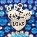 Medál, charm - Love szerelem nyuszi és panda maci  - csomag ár, Gyöngy, ékszerkellék, Love, szerelmes nyuszi és panda maci medál, ezüst színben. (Nikkel mentes)   Mérete: 2 cm  A képen i..., Alkotók boltja