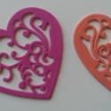 Dekorgumi szív dísz  (10 db/cs), Dekorációs kellékek, Dekorgumi, Sima dekorgumi szív dísz  Mérete: 7,5 cm x 7,8 cm vastagság: 0,2 cm  Vegyes színű csomag: 10 különb..., Alkotók boltja