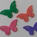Dekorgumi pillangó dísz  (24 db/cs), Dekorációs kellékek, Dekorgumi, Sima dekorgumi pillangó dísz  Mérete: 3 cm x 5,3 cm vastagság: 0,2 cm  A csomagban 24 db dísz van. ..., Alkotók boltja