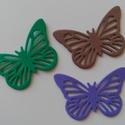 Dekorgumi pillangó dísz  (15 db/cs), Dekorációs kellékek, Dekorgumi, Sima dekorgumi pillangó dísz  Mérete: 4,1 cm x 6,2 cm vastagság: 0,2 cm  A csomagban 15 db dísz van..., Alkotók boltja