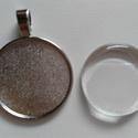 Medál alap + üveglencse (25mm), Gyöngy, ékszerkellék, Cabochon, A csomag tartalma:  1 db antik ezüst színű fém alap 1 db hozzá illő 25mm-es üveglencse, Alkotók boltja