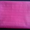 Pink puplin, Textil, Vászon, Pink színű magában mintás pamut puplin. 140 cm széles az anyag és 2,6 m hosszú. , Alkotók boltja