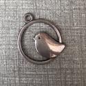 Fém madár fityegő,medál, Gyöngy, ékszerkellék, Egyéb alkatrész, Fém madárka ezüst és antik bronz színben.2 cm átmérőjű. Ezüst 12 db Antik bronz 6 db, Alkotók boltja