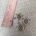 Fém hajókormány  fityegő,medál, Gyöngy, ékszerkellék, Egyéb alkatrész, Fém hajókormány ezüst színben.1,5 cm hosszú., Alkotók boltja
