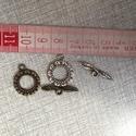 Fém T-kapocs kerek, Gyöngy, ékszerkellék, Egyéb alkatrész, Fém T-kapocs ezüst és antik bronz színben.2,2 cm hosszú.Karkötő készítéshez. Ezüst 10 db Antik bronz..., Alkotók boltja