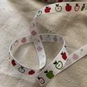 Grosgrain szalag 10 mm almás, Textil, Szalag, pánt, 10 mm széles grosgrain szalag.  Az ár 1 m-re vonatkozik. Egész méter vásárolható., Alkotók boltja